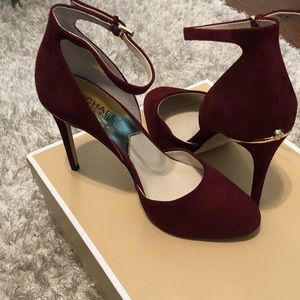Michael Kors Suede Heels with detail Gold Trimming